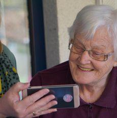 De voordelen van een senioren mobiel